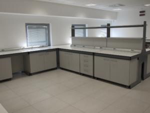 Arredi tecnici per laboratori Studio - ForLab Italia